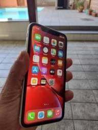iPhone XR 64 GB faço troca com volta
