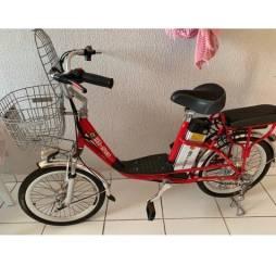 Título do anúncio: Vendo bicicleta elétrica semi nova