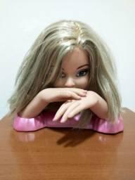 Boneca cabeleireira
