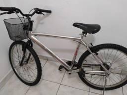Bicicleta caloi aro 26 e suporte para carro