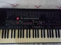Teclado Yamaha - PSR 510