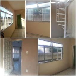 Alugo casa em Campo Grande / RJ