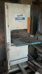 Máquina para marcenaria