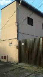 Casa 2 quartos, ao lado Av T2 e Cambury