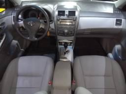 Toyota Corolla - Novíssimo - todo original - 2011