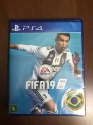 FIFA 19 PS4 novo, lacrado no plástico
