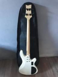 Aceita guitarra, pedaleira, celular!!