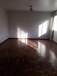 Apartamento no centro próximo do Shopping Curitiba com quatro quartos
