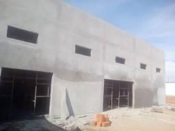 Salão comercial na av. das Torres inicio perto do Mamur,Nogueria,academia,viveiros etc