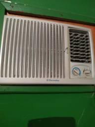 Ar condicionado de parede Eletrolux 7.500 btus