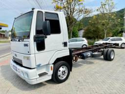 Ford Cargo 816 - 2013 - Chassi 6.2m