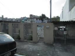Casas Pq. Boturússu - Casa 01: 5 Comôdos | Casa 02: 4 Comôdos