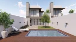 Casa Nova à Venda com 3 Dormitórios Próximo a Faixa Nova