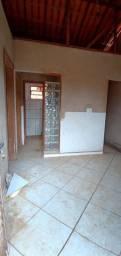 Vendo ou trocou está casa em Bugre praticamente n centro da cidade