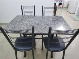 Vende-se mesa cozinha