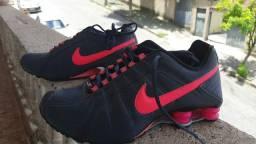 Nike shox pouquíssimo usado