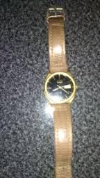 Relógio ponteiro baratinho