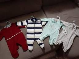 Lotinho de roupa de bebê