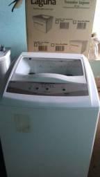 Vende-se esta máquina de Lavar Roupas.