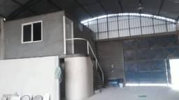 Rio do Ouro\Galpão em terreno 360 m2 + escritorio e banheiros