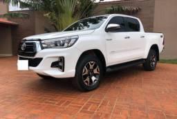 Toyota Hilux SRX 2.8 Diesel - R$ 24.000,00