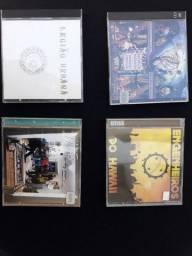CDs e DVDs  originais tenho uns 200 se levar todos eu faço à 1 real  cada um