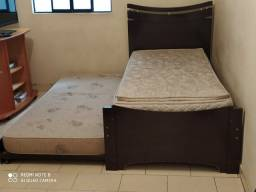 Cama de solteiro com cama auxiliar + 1 colchão