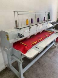 Máquina de bordar 4 cabeças