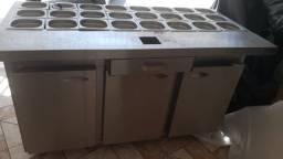 Condimentadora/ balcão refrigerado semi nova
