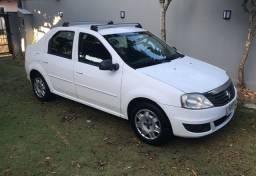 Vende-se Renault Logan Expression 1.6 completo abaixo da fipe