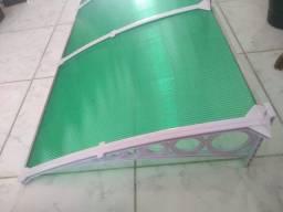 Vendo toldo novo de policarbonato. Total de 1,60 por 70cm de largura