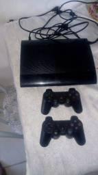 PlayStation 3 semi novo.