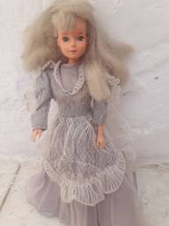 Título do anúncio: Boneca Barbie dool tong antiga