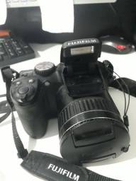 Câmera Fotográfica Digital Nova