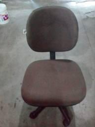 Título do anúncio: Cadeira rodinha
