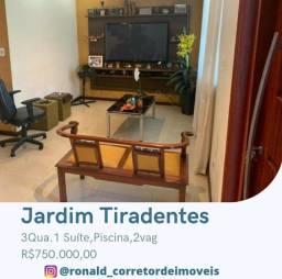 Casa a venda no Bairro Jardim Tiradentes