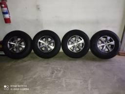 Vendo roda da Hilux aro 16 pneus e rodas nova