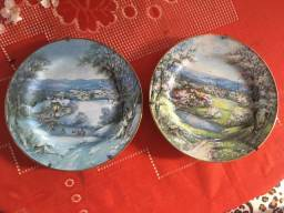 2 pratos de porcelanas c suporte
