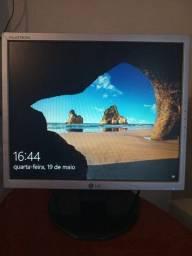 Monitor LG flatron 17, Com Cabos,vga E Força.
