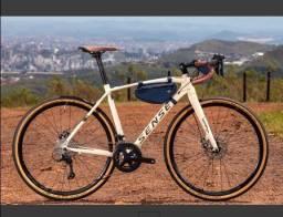 Bicicleta Sense Versa Comp  2021/22 Creme/verde Sora Gravel (Nova com NF)
