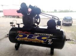 Compressor Peg 60 pés 415Lts Semi Novo