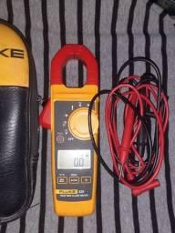 Alicate amperimetro FLUK