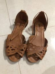 Sandália marrom - Tamanho 35