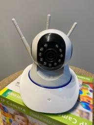 Câmera Wi-Fi com infravermelho ideal para monitoramento internos