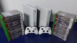 Xbox One 1TB com garantia- Aceitamos PS3 mais volta