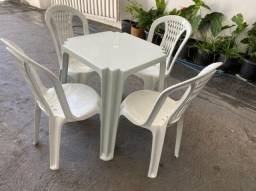 Título do anúncio: Tenho jogo mesa e cadeira completo pra restaurante no atacado
