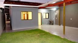Casa na Av. Araucária, no Parque Imperatriz - em Foz