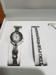 Relógio de pulso L & Co feminino (novo na cx)