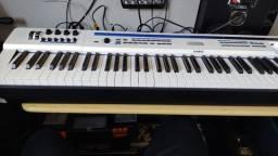 Título do anúncio: Piano Privia px5s