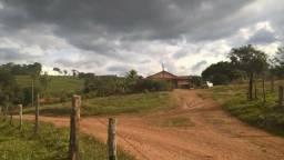 Linda Fazenda C/ 287 hectares em Felício dos Santos/MG
